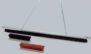 Image de Balai pour terrain de 2m Synthétique